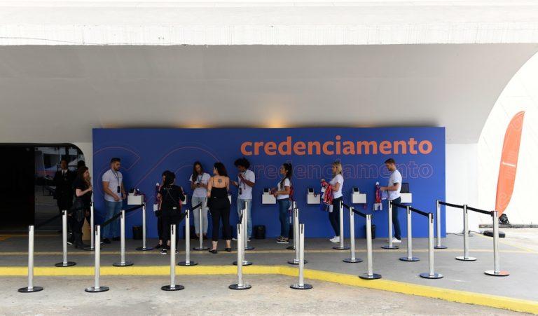 Área de credenciamento do evento da Rico Connect